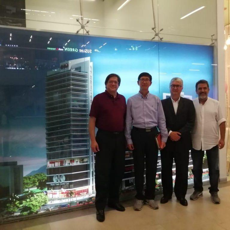 Visita Universidad Hankuk - Corea a WTC Cali